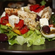 Greek Salad with Oregano Chicken