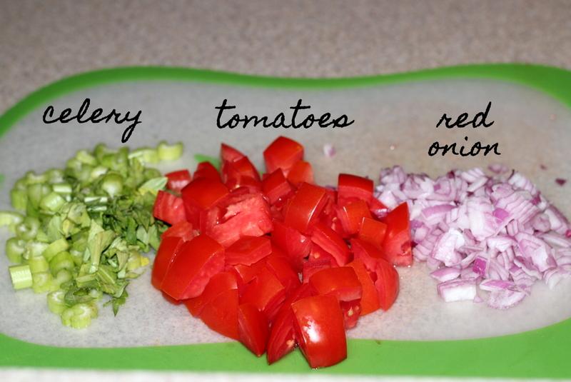Buffalo Chicken Burger Salad (4)
