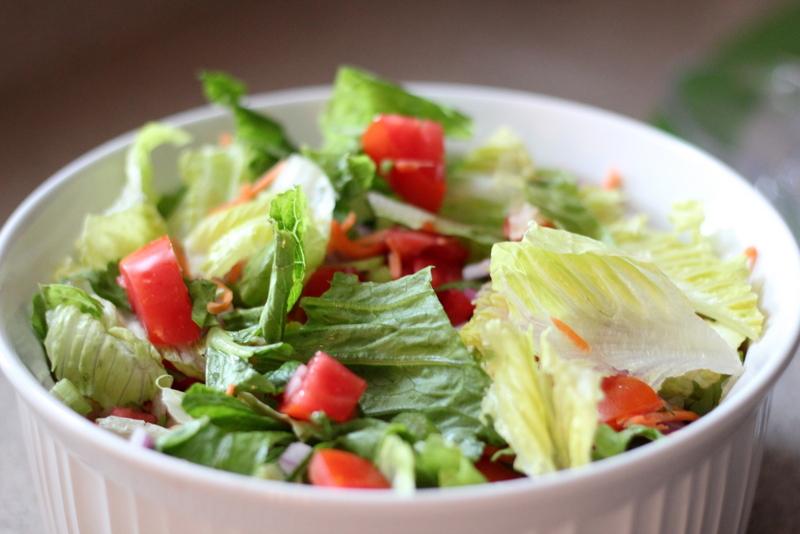 Buffalo Chicken Burger Salad (6)
