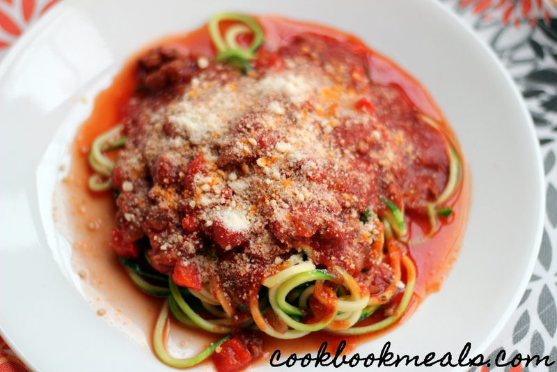 Slow Cooker Meat Sauce with Zucchini Noodles (28)