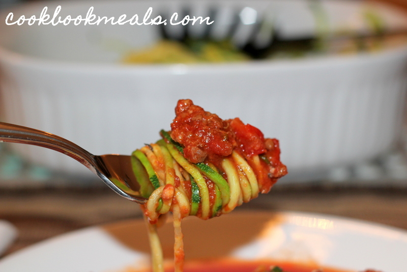 Slow Cooker Meat Sauce with Zucchini Noodles (33)
